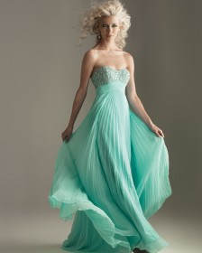 0fa6fc7019a Alkalmi ruha, örömanya ruha - ALMÁSSY ÉVA LUX Esküvői Ruhaszalon ...