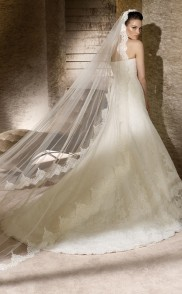 San Patrick menyasszonyi ruha - ALMÁSSY ÉVA LUX Esküvői Ruhaszalon ... cd815f6b9f